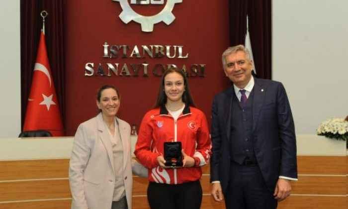 İSO'dan Avrupa Eskrim Şampiyonuna hediye