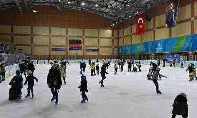16 Bin öğrenci buz pateni ile tanıştı