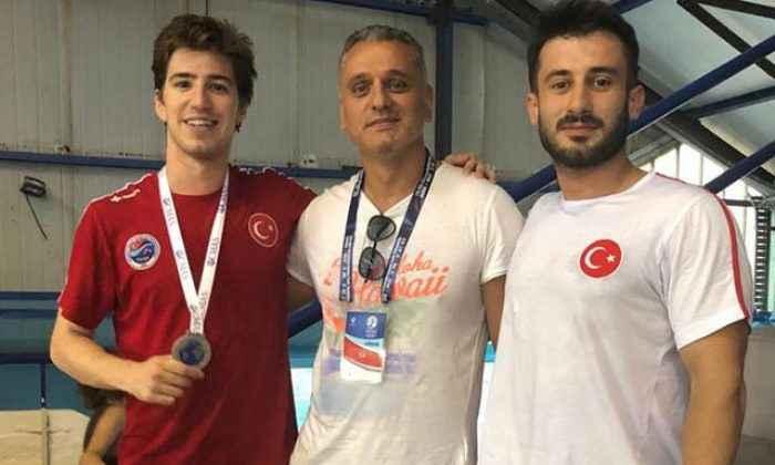 Bakırköy Ata Spor Kulübü yüzücüsünden tarihi başarı