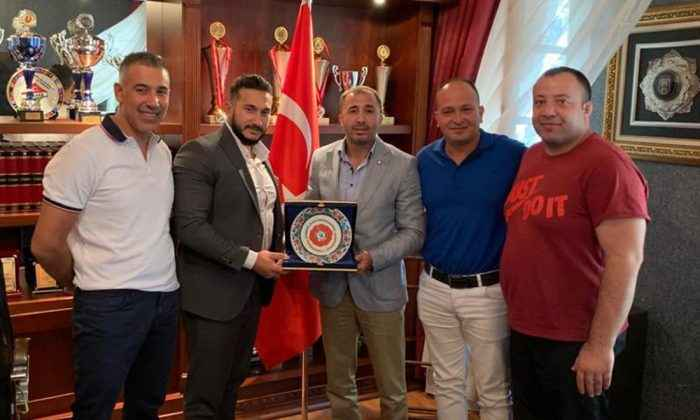 Sezer Huysuz, EGO Spor Kulübünü ziyaret etti