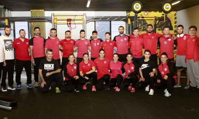 Karate Milli Takımı Rusya'da tatamiye çıkacak