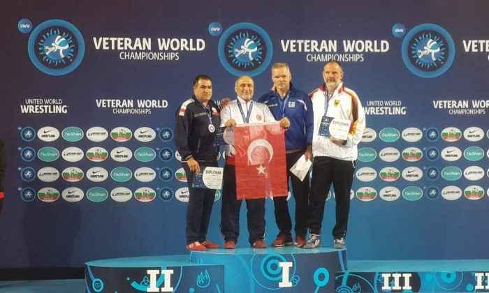 Veteranlar Dünya Şampiyonasında 3 madalya