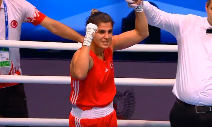 Boksta Buse Naz ve Elif Güneri yarı finalde
