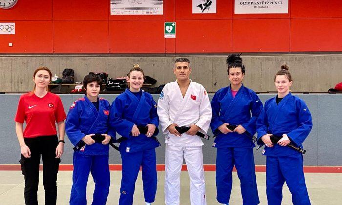 Kadın judocular Düsseldorf sınavına çıkacak