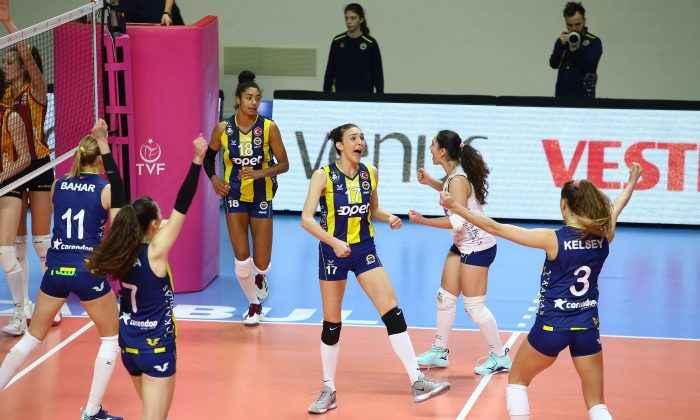 Fenerbahçe, Cim-Bom'dan rövanşı aldı!