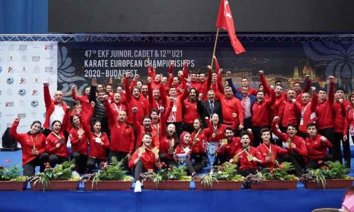Karateciler Macaristan'da tarih yazdı
