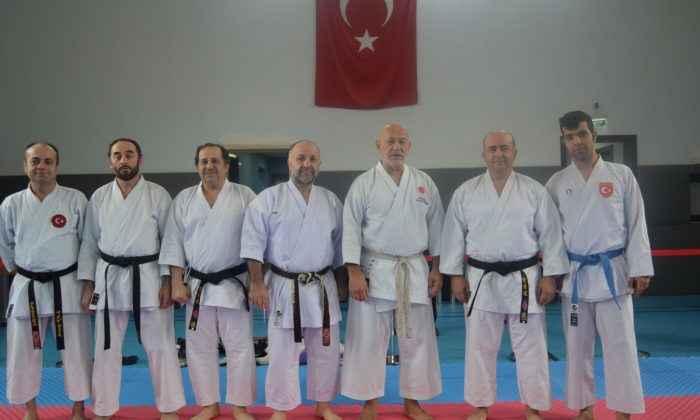 Karatenin Duayenleri ter attı!