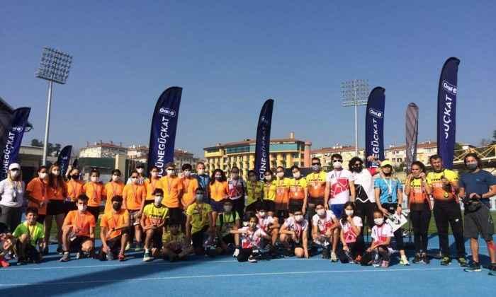 Oral-B Puanlı Triatlon yarışlarının üçüncü etabı yapıldı