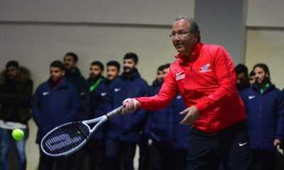 Cengiz Durmuş: Türkiye'nin her yerinde tenis oynanmasını sağlamalıyız