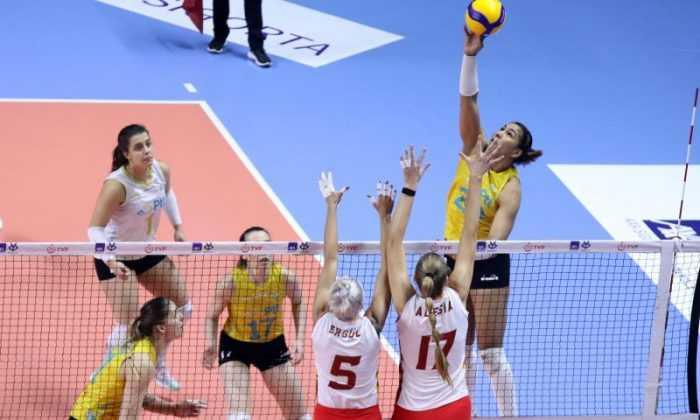 Kadınlar Kupa Voley çeyrek final karşılaşmaları başladı
