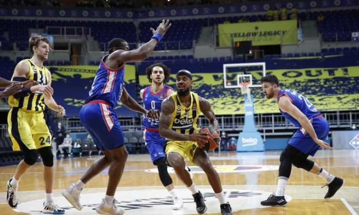 Anadolu Efes, Fenerbahçe Beko'yu mağlup etti