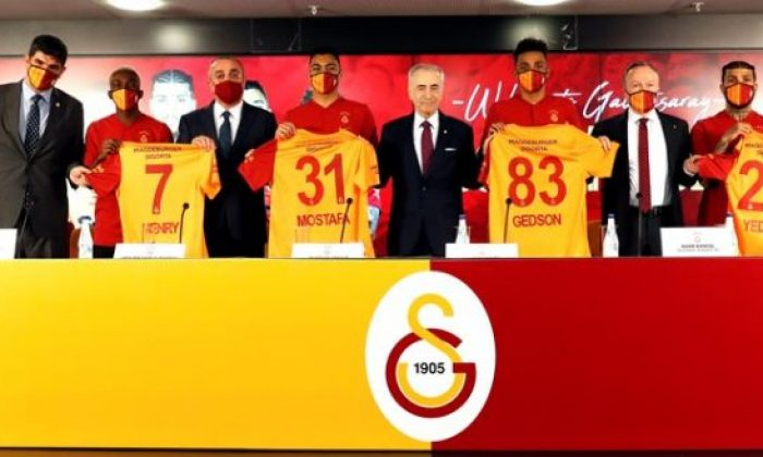 Galatasaray'da imza şov