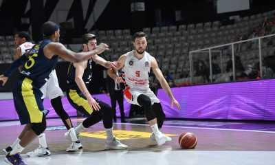 Bahçeşehir Koleji Fenerbahçe'ye mağlup oldu