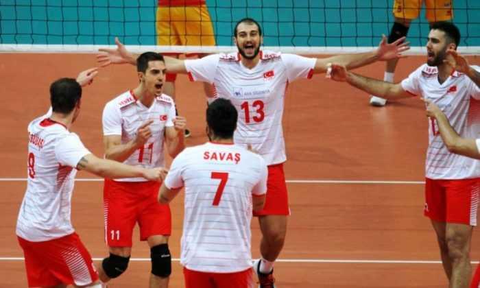 Avrupa Altın Ligi'ne Katılacak Filenin Efeleri'nin Geniş Kadrosu Açıklandı