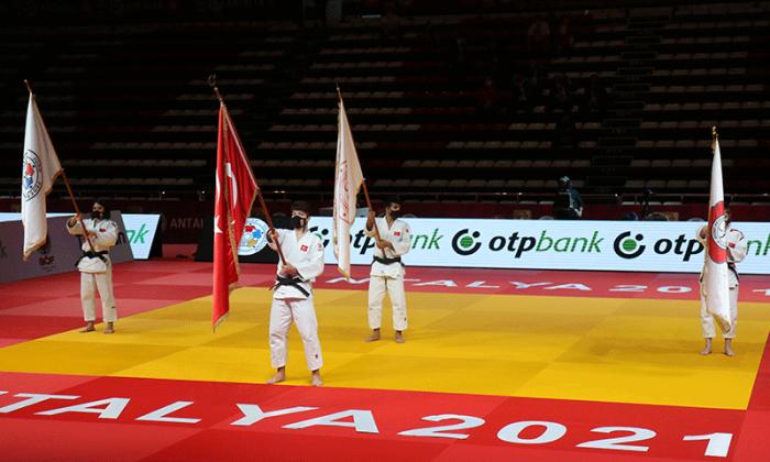 Antalya Grand Slam'de Albayrak'tan altın, Kandemir'den gümüş madalya