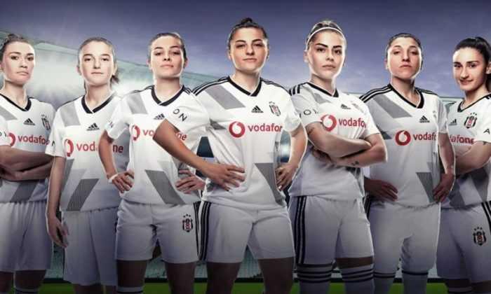 Beşiktaş'ın Başarılı Kadın Futbol Takımı'nın İsmi 'Beşiktaş Vodafone Kadın Futbol Takımı' Olarak Tescillendi