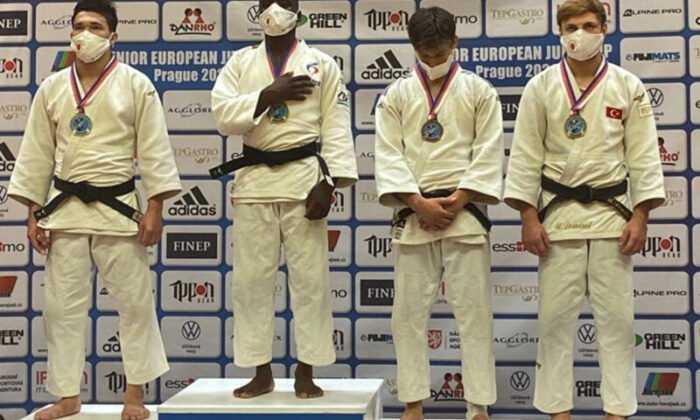 Gençler Avrupa Judo Kupası'nda Umalt Demirel'den Bronz Madalya
