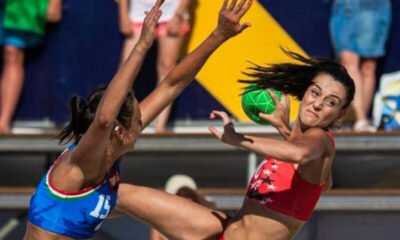 Kadın Plaj Hentbol Takımımız Çeyrek Final Şansını Yitirdi