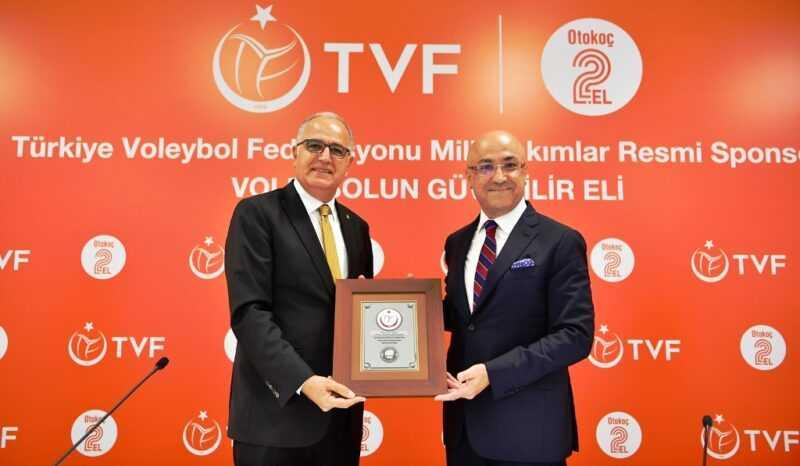 Otokoc Genel Muduru Inan Ekici TVF Baskani Mehmet Akif Ustundag