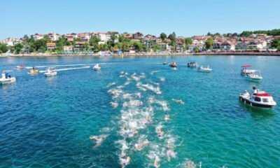 Açık Su Yüzme Yarışının Startını Başkan Büyükakın Verdi
