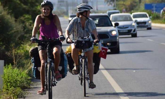 Avusturya'dan Bisiklete Yola Çıkan 3 Kadın Bir Ayda Türkiye'ye Ulaştı