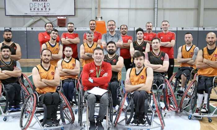 Bakan Kasapoğlu'ndan Paralimpik Sporculara Moral Ziyareti