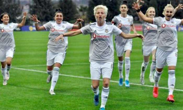 Beşiktaş JK Vodafone Kadın Futbol Takımı, St. Pölten ile Karşılaşacak