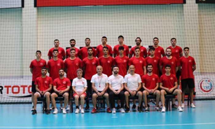 Hentbol Şampiyonası'nda Kosova'yı Mağlup Ettik