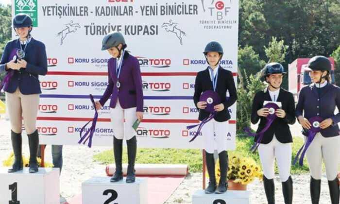 Kadın Biniciler Türkiye Kupası'nın Sahibi Eduard ve Lyn Nil Özgün