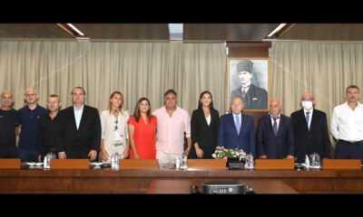 Kadın Futbol Kulüplerinden Başkan Nihat Özdemir'e Ziyaret