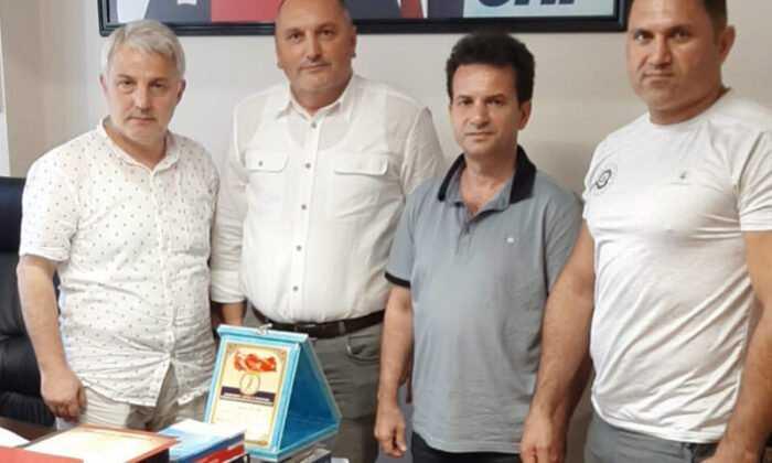 Mücadele Spor Kulüpleri CHP'yi Ziyaret Etti