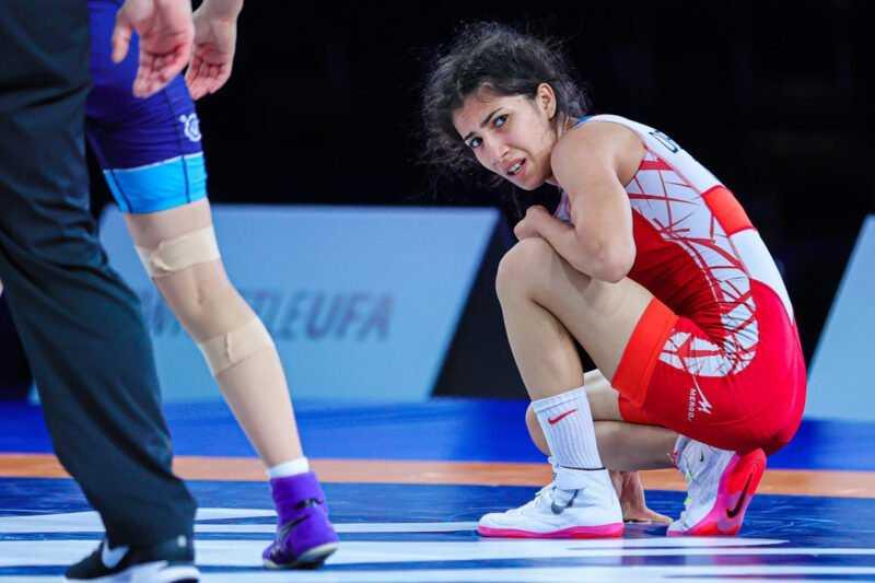 Zehra Demirhan ve Nesrin Basdan Bronz Madalya 1