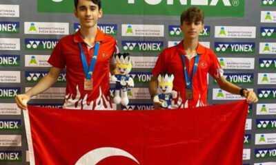 Badminton'da Avrupa Üçüncüsü Anıl Ulaç Atan ve Miraç Kantar
