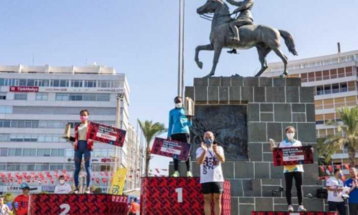 9 Eylül Uluslararası İzmir Yarı Maratonu Tamamlandı