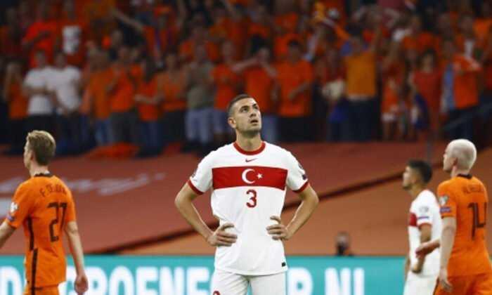 A Milli Futbol Takımı Hollanda'ya Yenildi