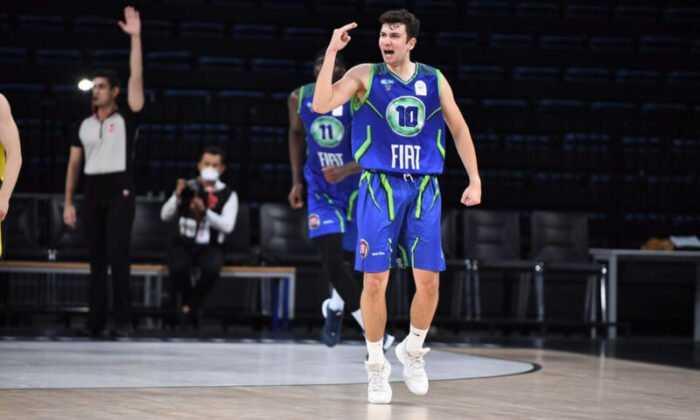 """Ata Can Atsüren: """"İyi Bir Basketbolcu Olarak Ülkeme Katkı Sağlamak En Büyük Hayalim"""""""
