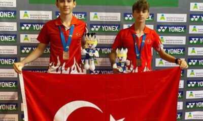 Badminton Çift Erkeklerde Avrupa Üçüncüsü Olduk