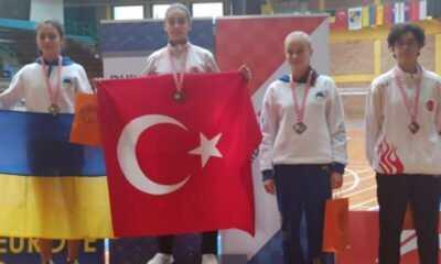 Genç Badmintonculardan 6 Madalya