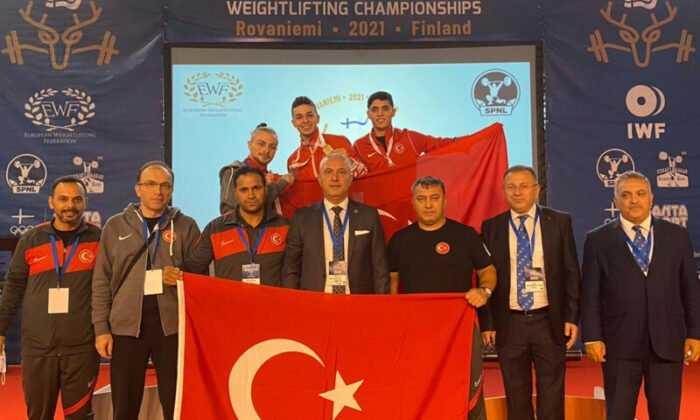 Gençler ve 23 Yaş Altı Avrupa Halter Şampiyonası'nda Melihcan Günay, Avrupa Üçüncüsü Oldu