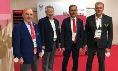Kasapoğlu, Tokyo'da Dünya Taekwondo Federasyonu Başkanı ile Görüştü