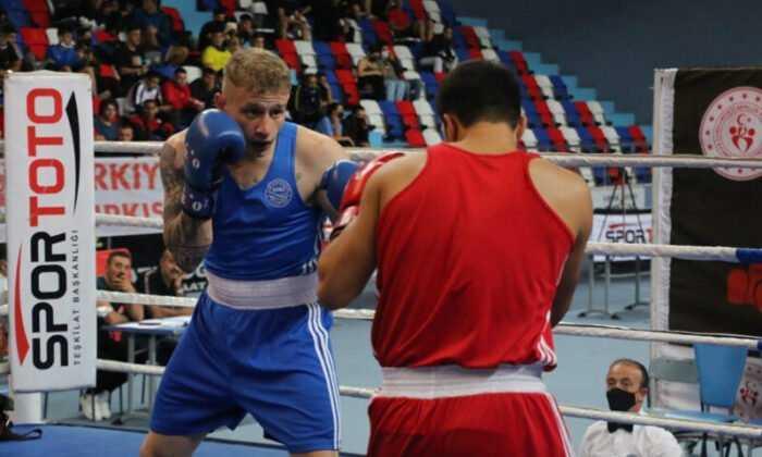 Nuri Eroğlu Büyük Erkekler ve Büyük Kadınlar Türkiye Ferdi Boks Şampiyonası Başladı