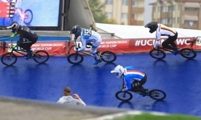 BMX Süper Kross Dünya Kupası 6. Tur Yarışları Başladı