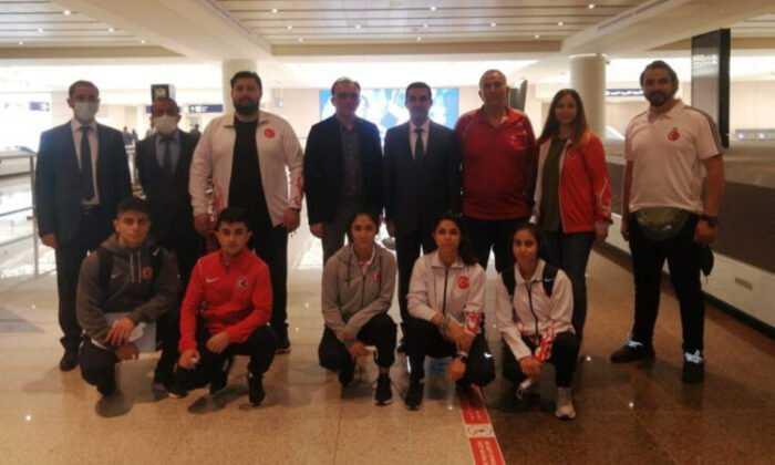 Dünya Yıldızlar Şampiyonası'na Katılacak Milli Takımımız Suudi Arabistan'a Gitti