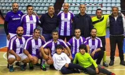 Hopa'da 29 Ekim Cumhuriyet Bayramı Futsal Turnuvası Devam Ediyor
